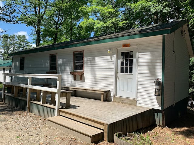 Summer Camp Cabin with Facilities - Hilton