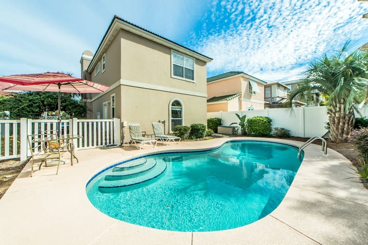 PRIVATE POOL☀500yd to Beach☀Inspected & Disinfected☀3BR Copa Cabana Cottage