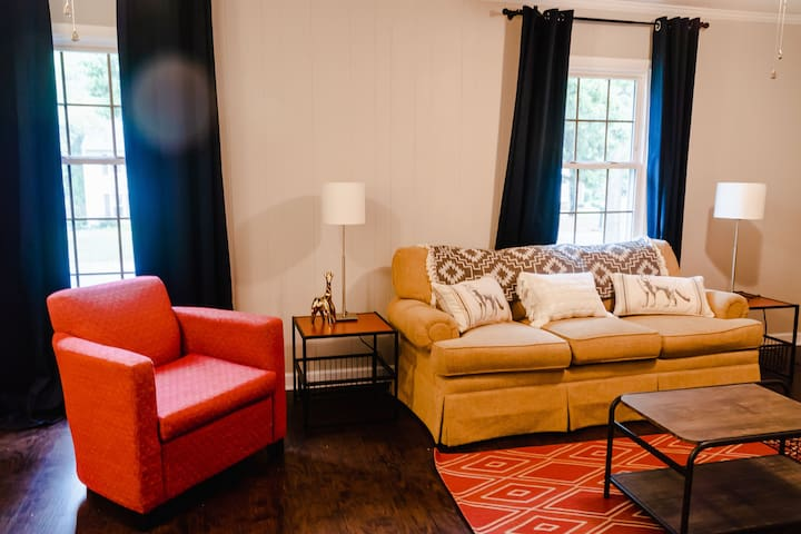 Quiet 4BR Covedale Get-away by Staze