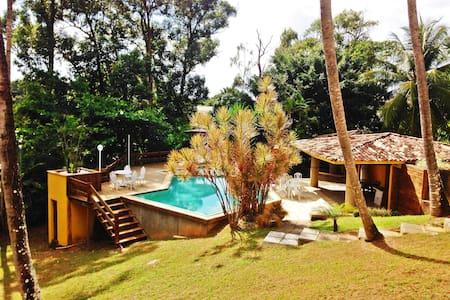 Suíte com vista para piscina e café - Lauro de Freitas - Hus