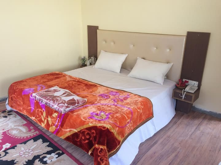 Standard Room Hassan Valley Retreat