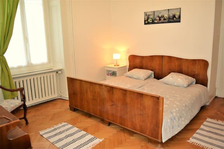 Appartement meublé et tout confort au Locle - Le Locle - Apartament