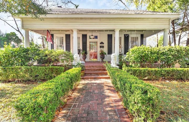 Relaxing Southern Charm
