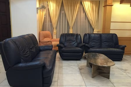 Comfortable  Homestay 繁华闹市的平静家园 - Bukit Mertajam - Guesthouse