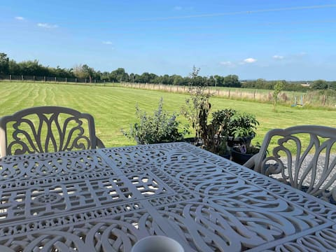 Charming, newly renovated cottage in Co Kildare
