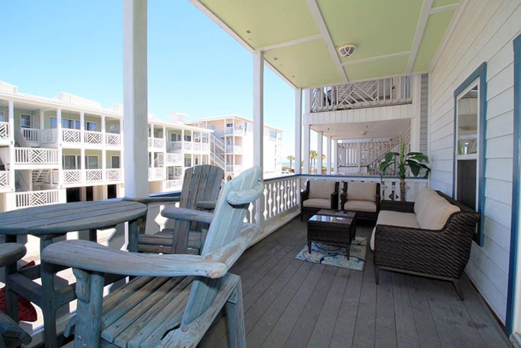 Enoy Ocean Breezes, Sounds of the Surf and View of the Ocean from your Private Balcony