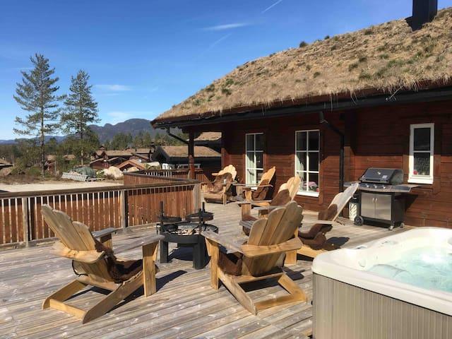 High stand. cabin - ski/alpine/hiking/biking/golf