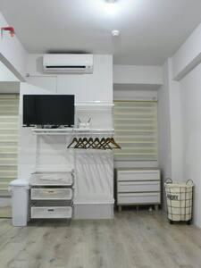 Room at bintaro parkview apartement - South Jakarta - Apartment