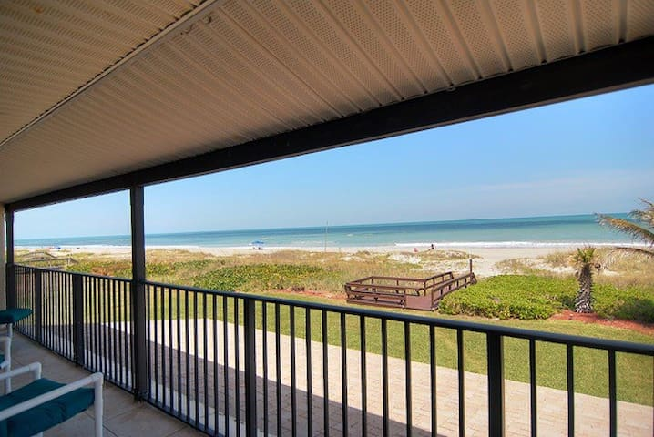 Cocoa Beach Condo with a beautiful Ocean View