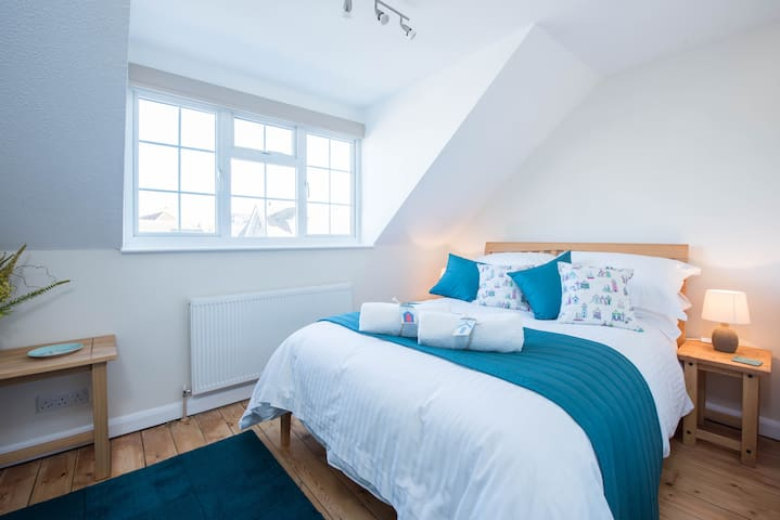 Kittiwakes, a freshly renovated seaside home - Seaford - Huis