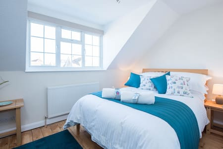 Kittiwakes, a freshly renovated seaside home - Seaford - Dom