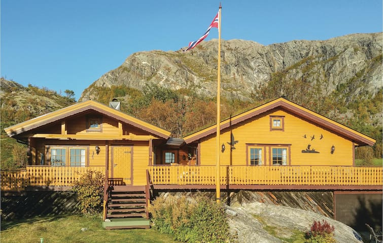 Holiday cottage with 2 bedrooms on 80m² in Nord-Stadtland