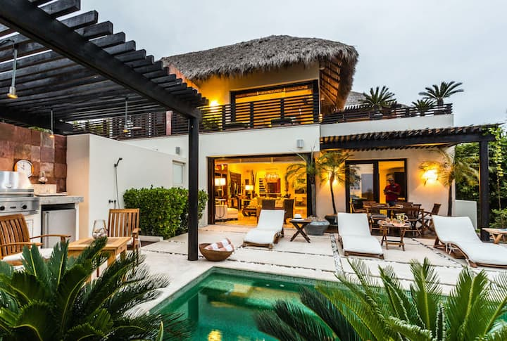 Summer Casita in an Ideal Location and Best Views