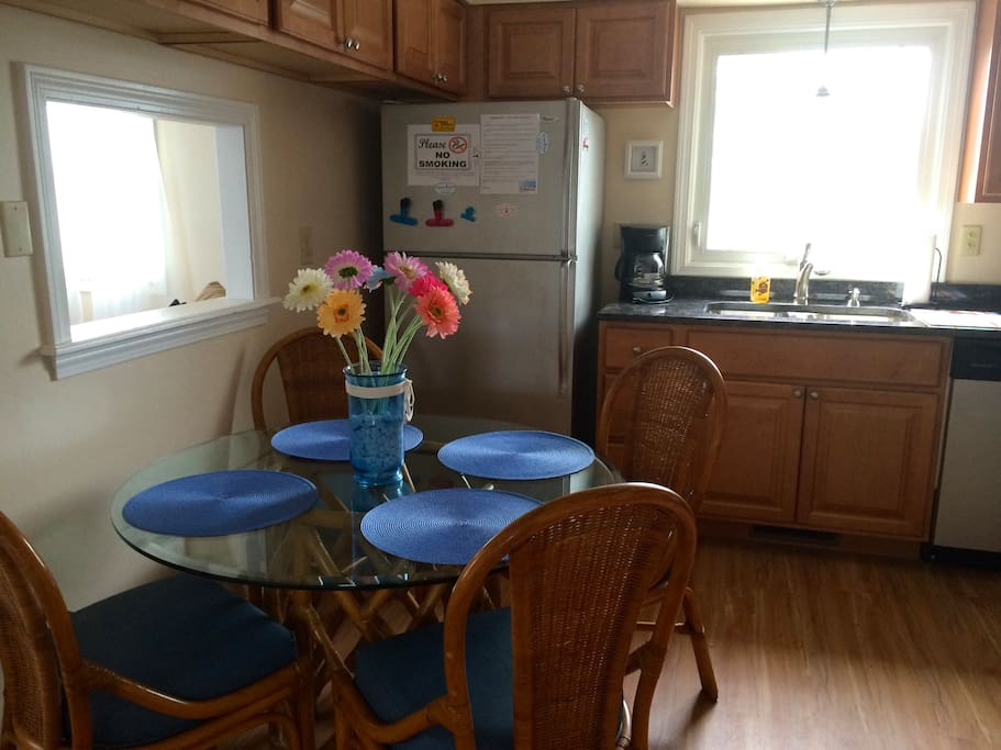 Newly renovated kitchen with granite countertops.