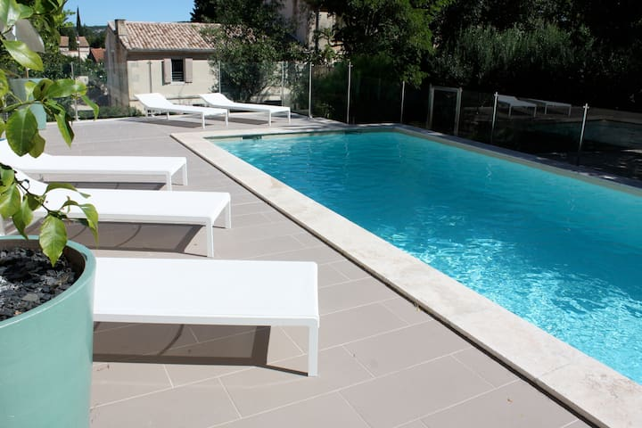 Wonderful house with private pool - Fontvieille - Casa