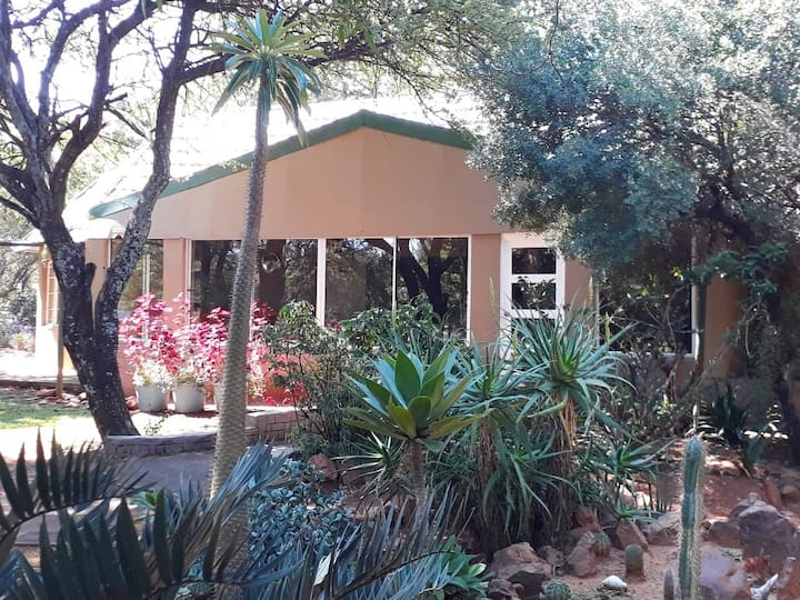 BajaPlaas, Guest lodge and Game farm (Farmhouse)