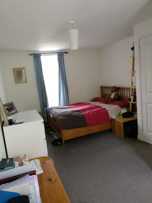 Large and bright  private double room with wardrobe and chest of drawer storage