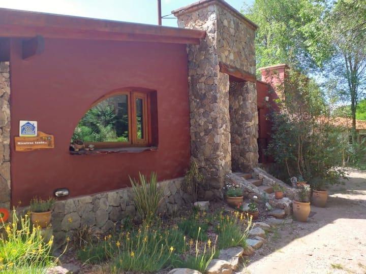 Hermosa y acogedora casa en Cruz Chica La Cumbre.