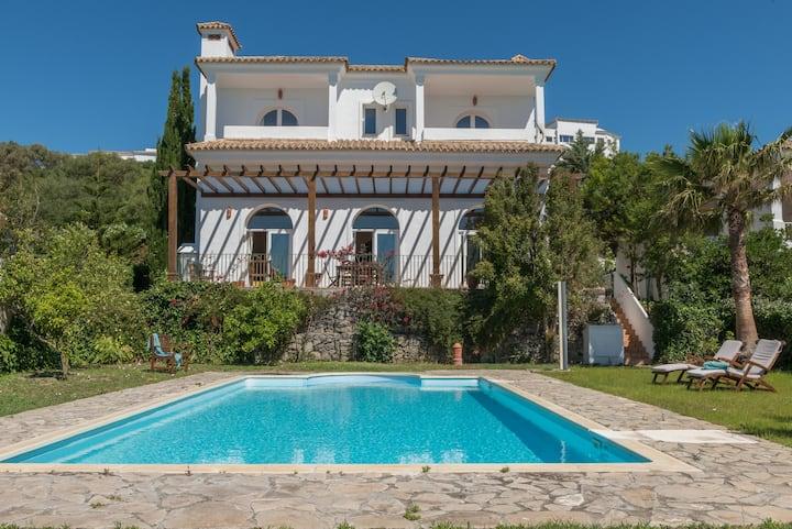 Villa Lino,3 Schlafzimmer, Pool und super Ausblick