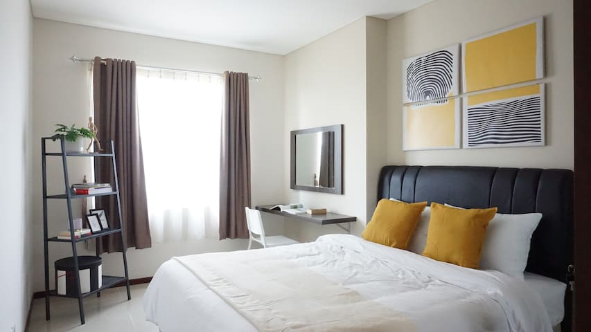 Luxury Living Thamrin Residence #32BM Master Room