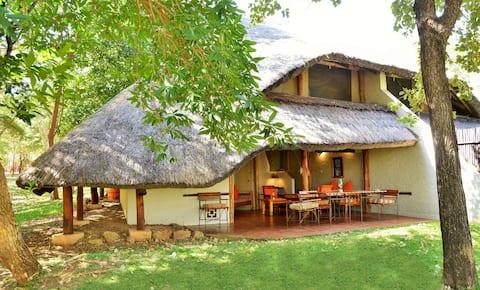 Lokuthula Lodges- Victoria Falls