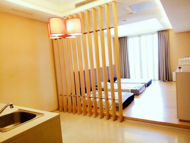 Taichung Holiday 麻吉好友/背包客,出租床位,此為1個床位的價錢