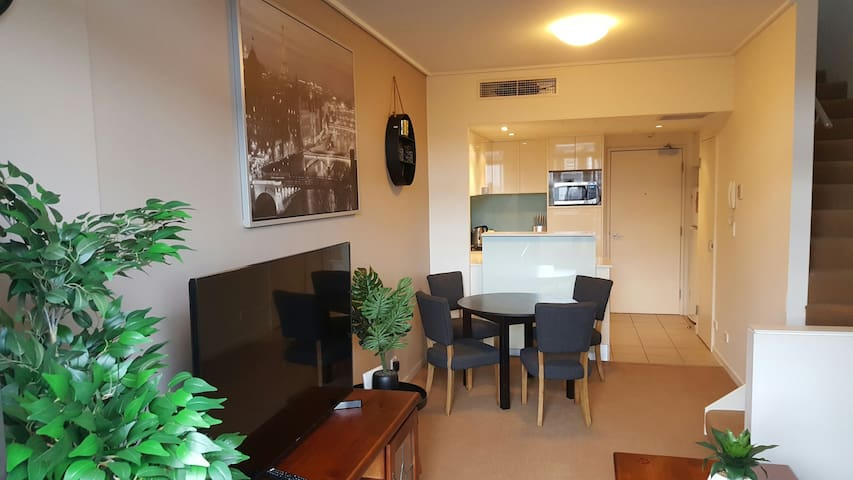 1BR darling harbour apartment with free parking! - Ultimo - Flat