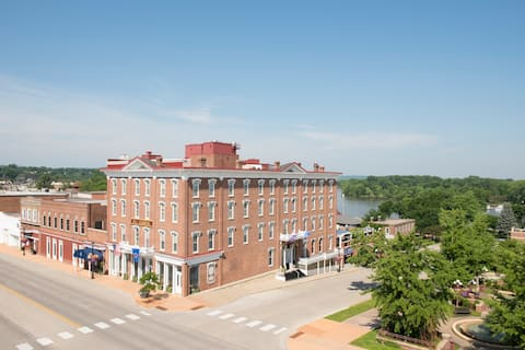 Historic Boutique Hotel in Southern MN (2 Beds)