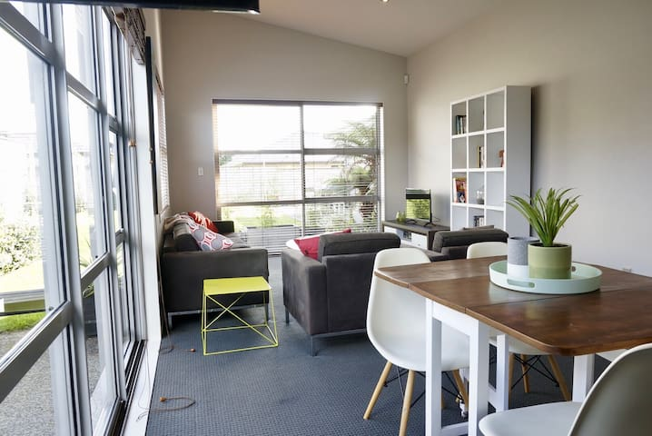Cozy in Kumeu - Kumeu - Flat