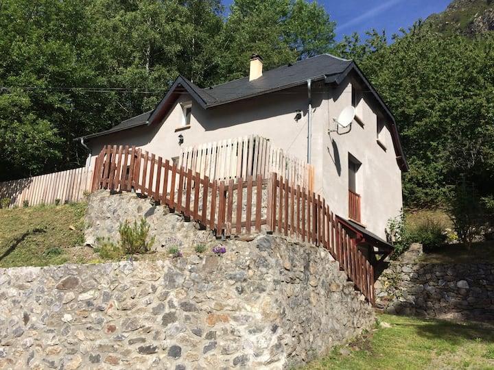 Maison située aux portes de la réserve néouvielle