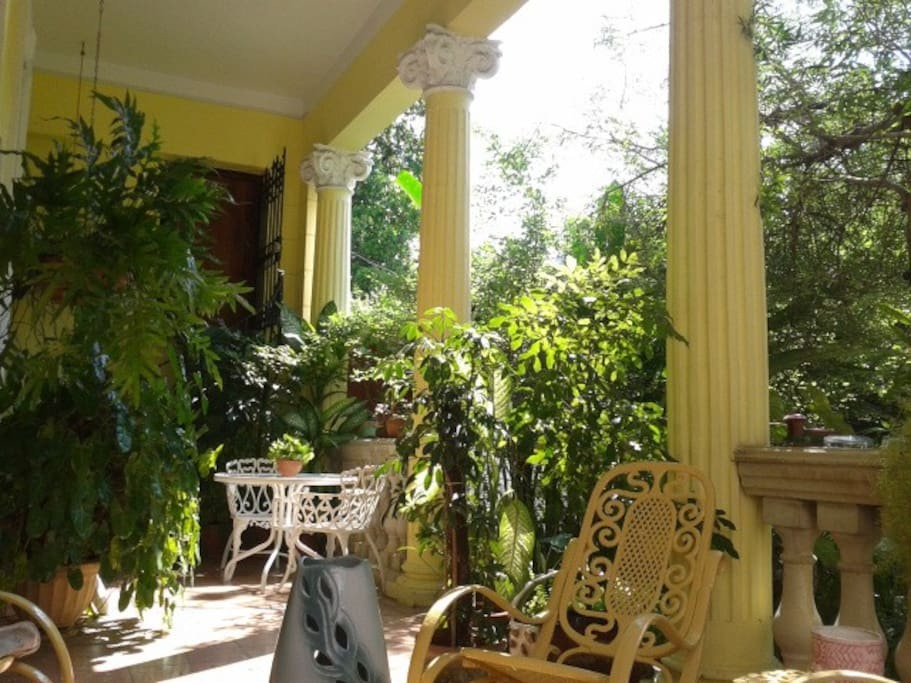 Casa Mara Jardín