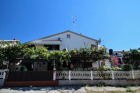Apartments Mare - Novigrad - Apartment