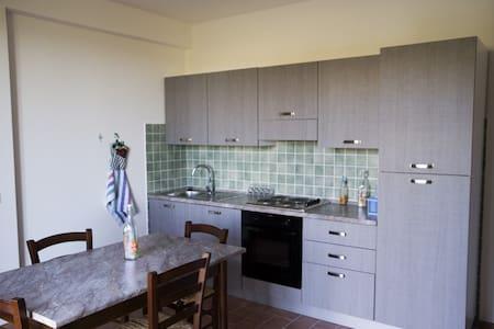 Bilocale nuovo in campagna - Ancona - Apartment