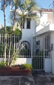 1 Cozy home, a few blocks from the ocean - San Miguel de Cozumel