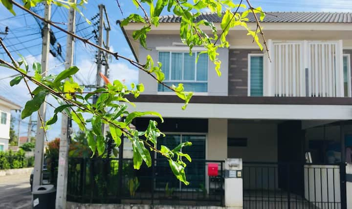 Pruksa House Zone  Phuket ( Private house 3 room )