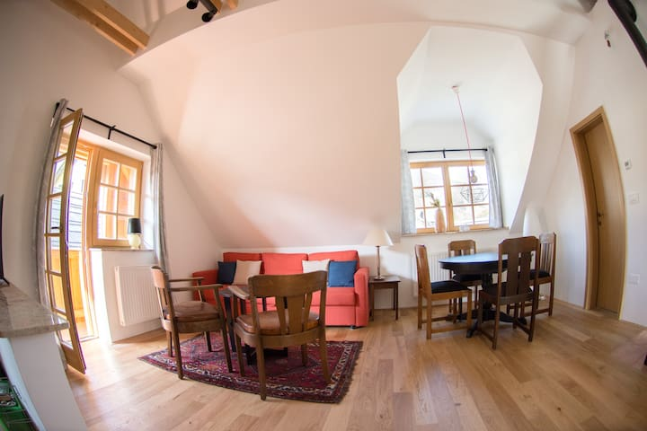 Romantic and vintage Alpe Aria*** apartment