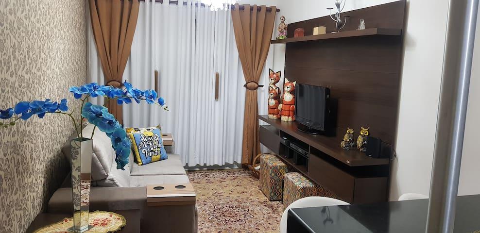 Apartamento 3 Dormitórios 1 Suíte -  Bairro Nobre