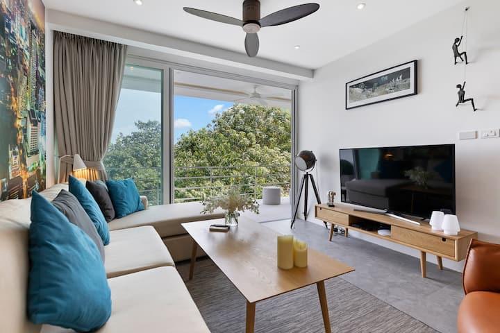 "Luxury Sea View Apartment ""N"" @ uniQue Residences"