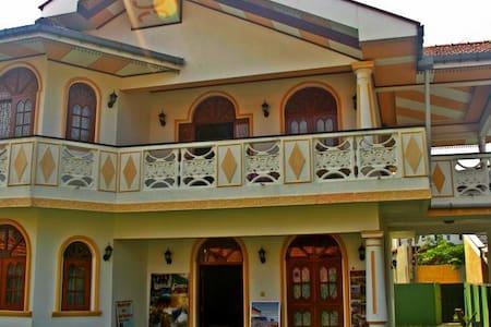 Vista BnB Kochchikade - Negombo