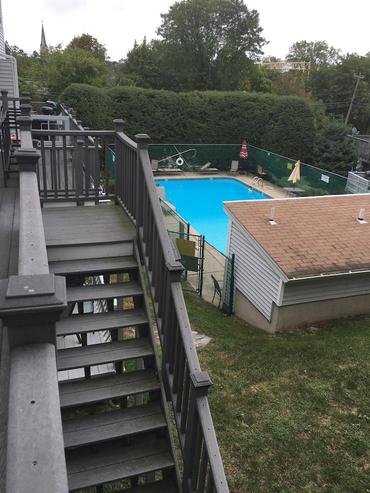 Shared townhouse with all the amenities!