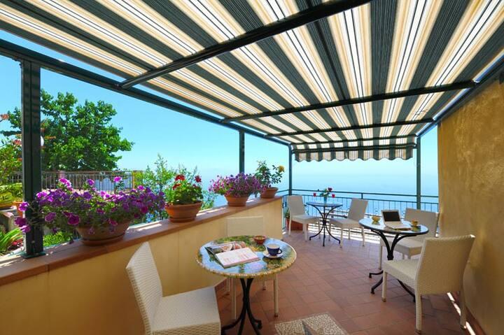 Villa Clotilde nel cuore della Costiera Amalfitana