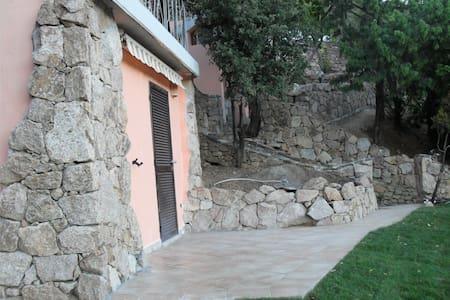 Bilocale Porto Cervo con giardino - Porto Cervo - Apartamento