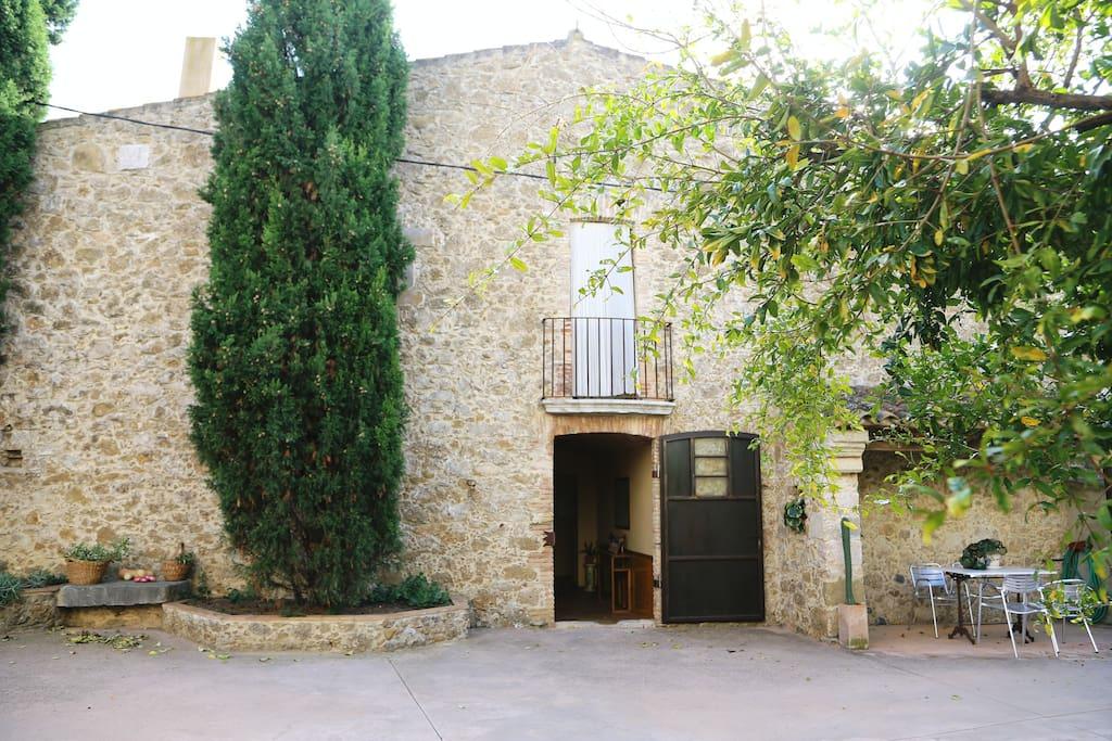 Rustic house casas en alquiler en la tallada d 39 empord catalu a espa a - Alquiler casa emporda ...