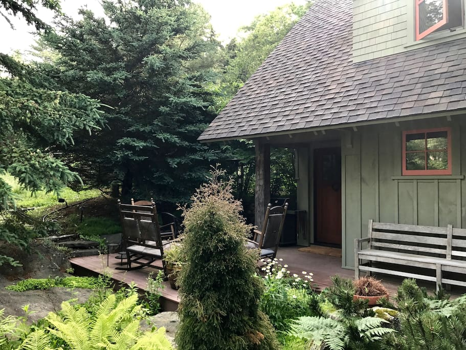 Private entrance for Carriage House