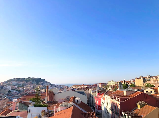 View from one side of the terrace, you can see the Castle and the River Tagus