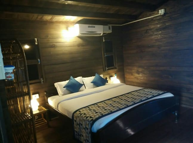 Wooden Cottages 5 - Baga - Bed & Breakfast