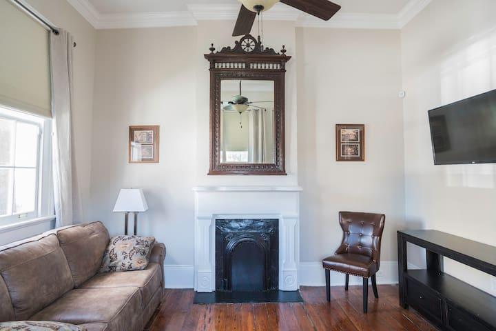 Historic Crescent City Cottage