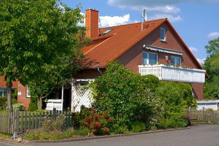 zimmervermietung-badmünder . de - Bad Münder am Deister - Apartamento