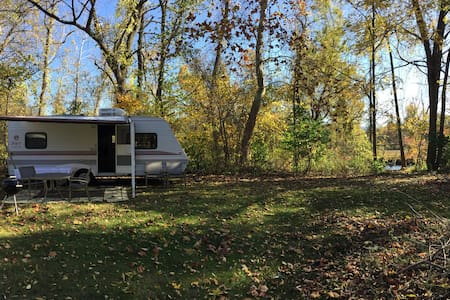 RV Camping Oasis On The Battenkill River Awaits