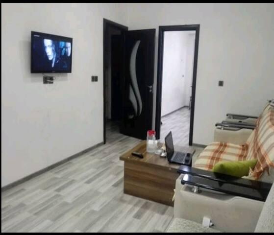 Full apartment near subway